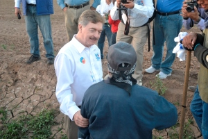 Inicia Kiko Vega Campaña en el Valle de Mexicali (4)