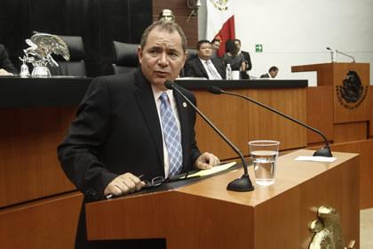 blasquez_salinas_senado