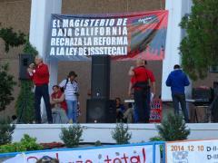 protesta reforma issstecali