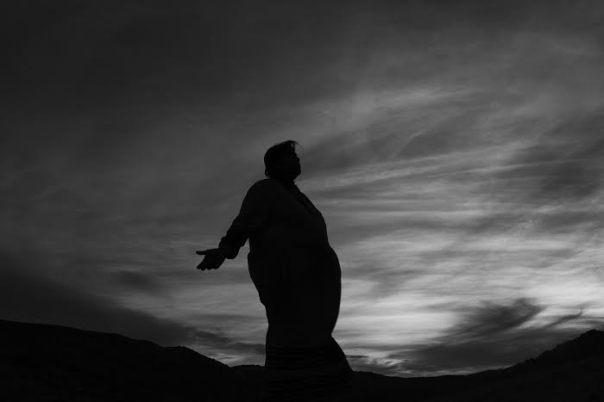 Norma Meza Calles, indígena k 'mai de Juntas de Nejí Anexo, explica la geografía y mitos del cañón del Alamo, 2014
